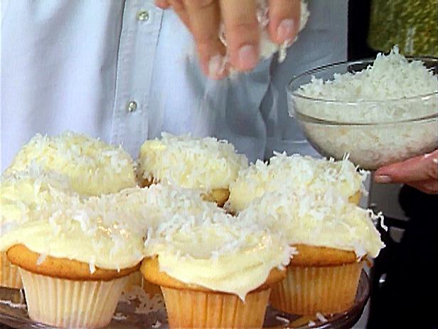 Coconut Cupcakes | Truffles Magazine