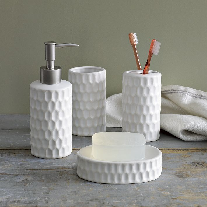 Bathroom accessories truffles magazine for Bathroom decor 2012